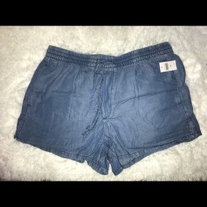 Gap Women Shorts